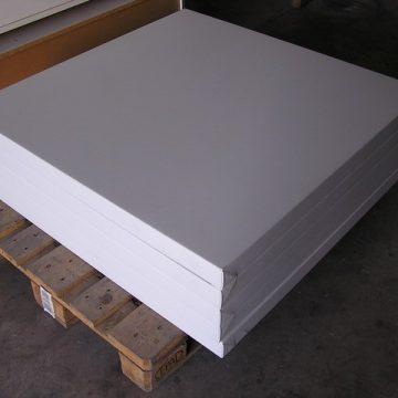 TABLERO TAPIZADO BLANCO 100x100x6 cm – Stock 5 unid