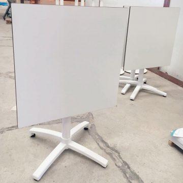 MESA ABATIBLE TABLERO COMPACTO 70×70